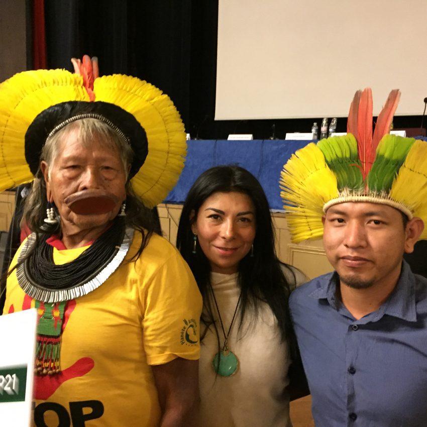 Reunión con la gente del Cacique RAONI Kayapó de brasil. Guardián de la tierra